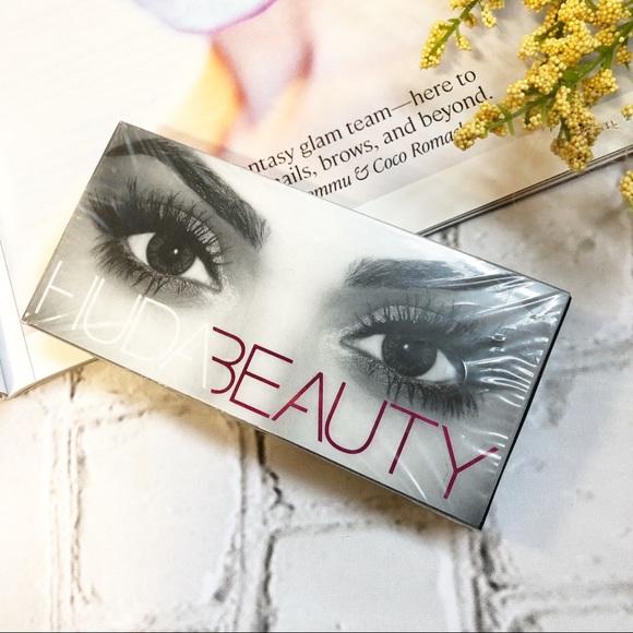 547d0c36f26 HUDA BEAUTY Makeup | Sasha 11 Classic False Lashes | Poshmark